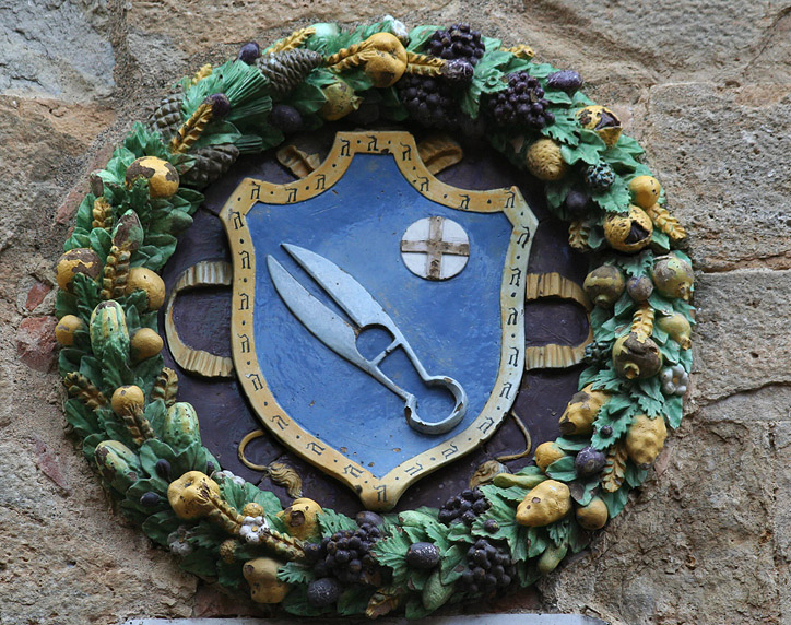 Tuscany walls have family shields galore