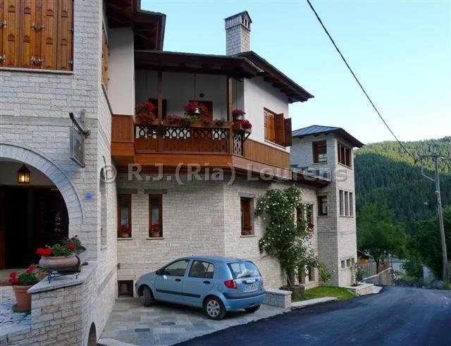 greece2008_P1000397_3.jpg