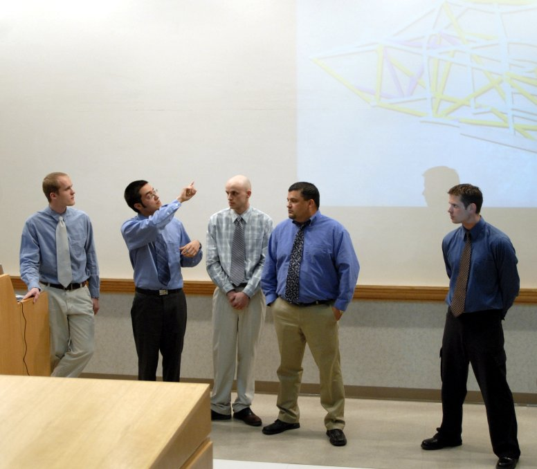 Engineering senior project presentation _DSC0352.JPG
