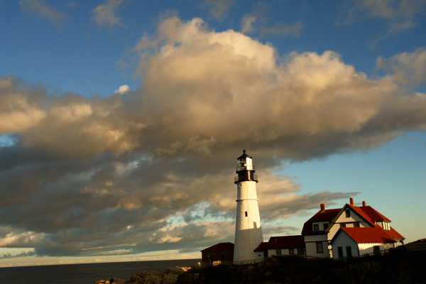 DSC03321.jpg GLORIOUS SKY at PORTLAND HEAD LIGHT BY DONALD VERGER SEPT 29TH!