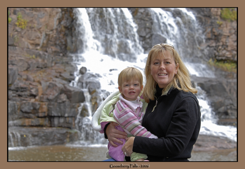 Mon and Caitlin at base of Gooseberry falls