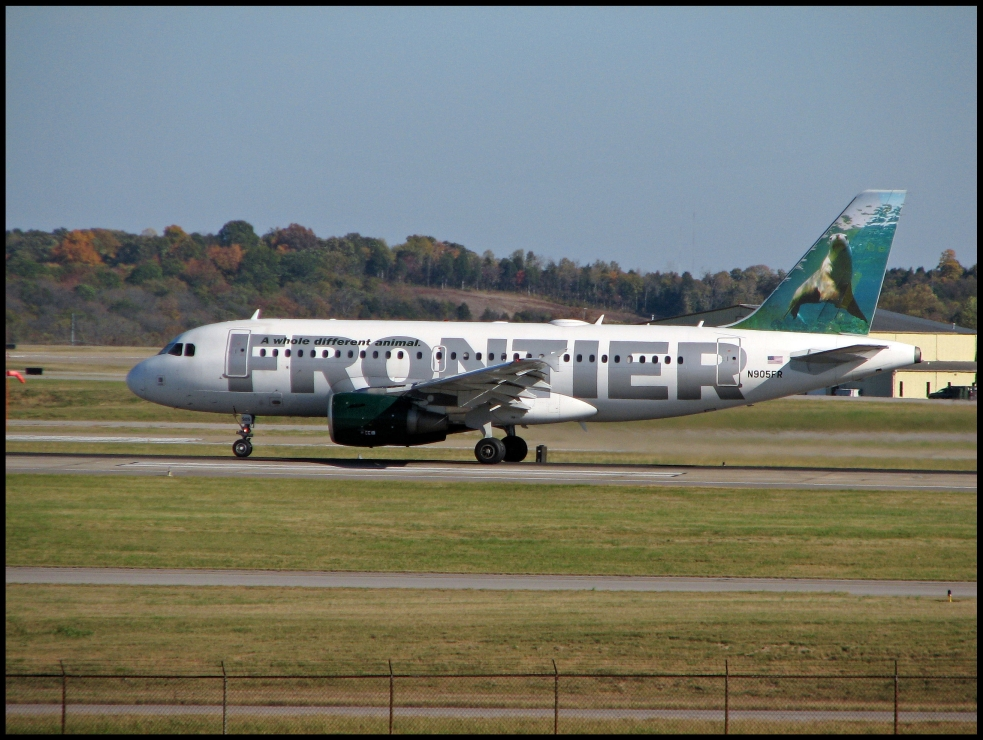 Frontier Airlines Airbus A319 (N905FR) Sherman the Seal