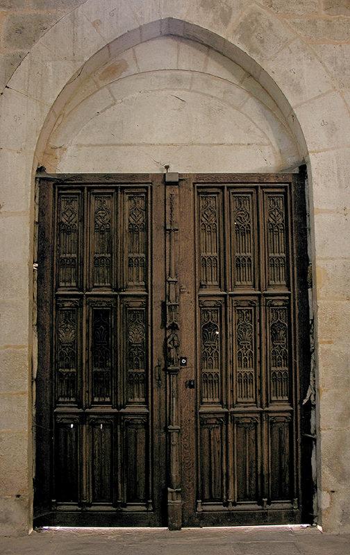 19 Cloister Door 88001964.jpg
