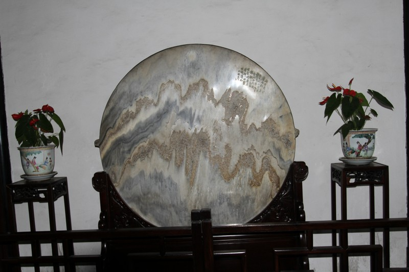 Early barometer - marble - when moist,, wet weather