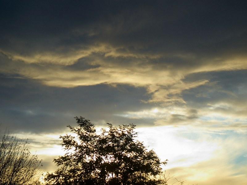 2010-10-23 Clouds