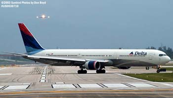 Delta Airlines B767-432ER N839MH airline aviation stock photo #4988
