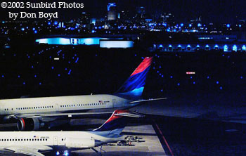 Delta Airlines MD88 N987DL and B767-432 N840MH airline aviation stock photo