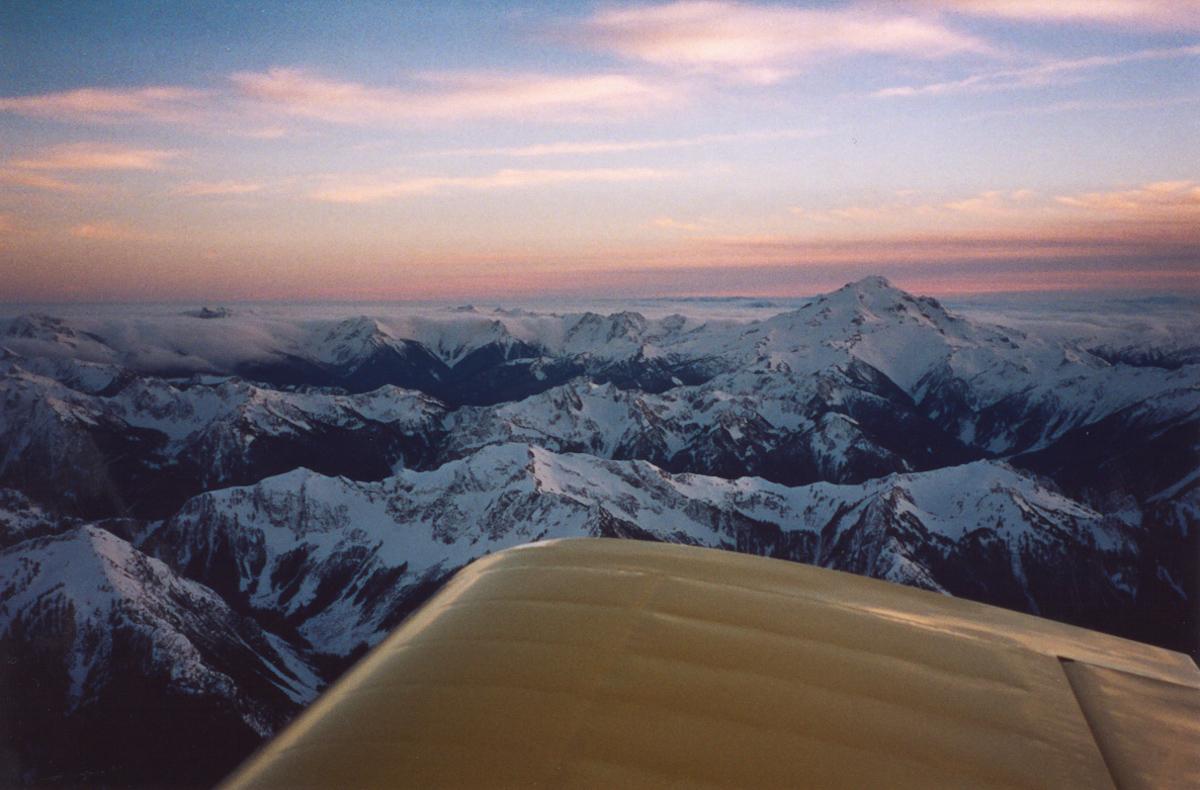 Glacier Peak, December 30, 2001 <br> (GlacierPk123001-1.jpg)
