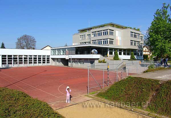 Schulhaus (07449)