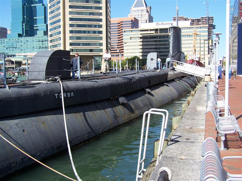 Baltimore inner harbor 026.jpg