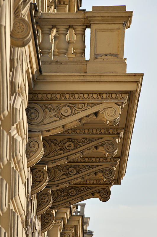 Apartment along the Danube, detail