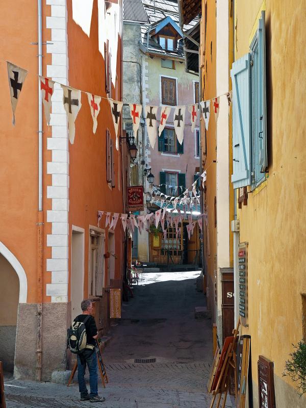 Briançon, another narrow street
