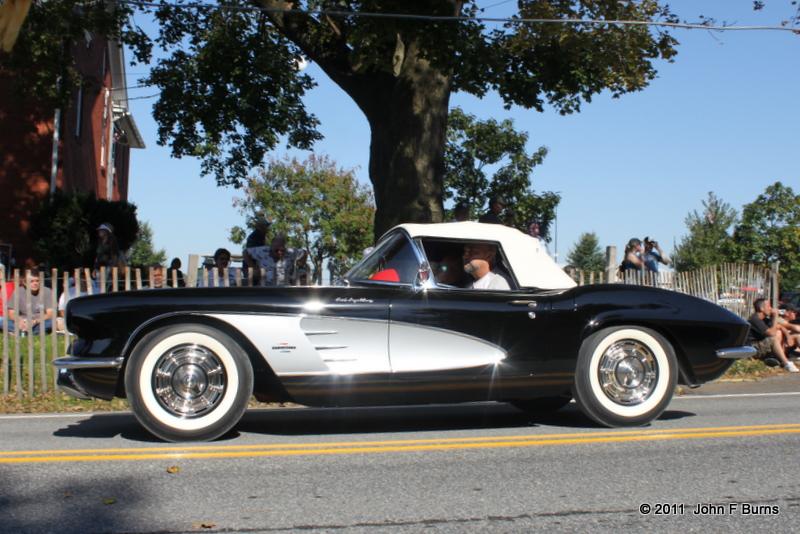 1961 Chevrolet Corvette FI