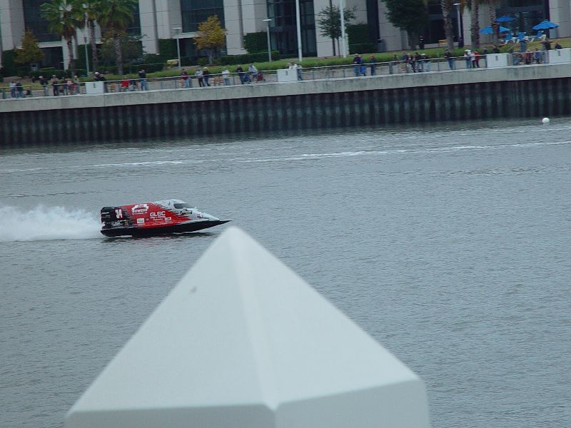 BOAT RACES ON THE SAVANNAH RIVER WERE LOUD AND SORT OF BORING