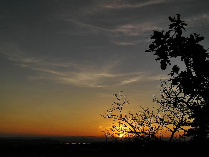 Sunrise / Amanecer