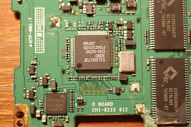 Digic circuit-board, front closeup 2