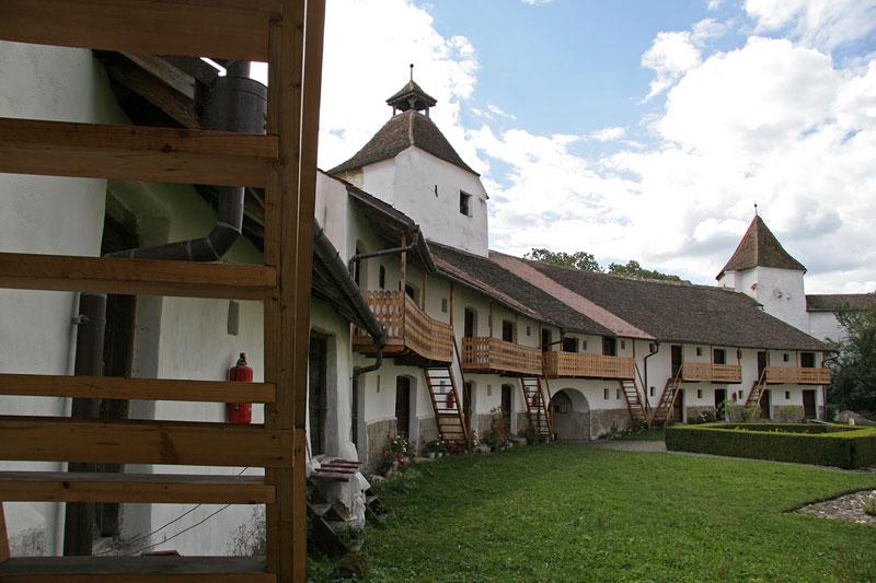 fortified church in Harman