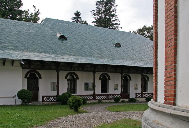 Monastery_Sinaia12.jpg