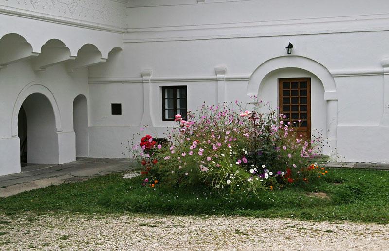 Monastery_Sinaia23.jpg