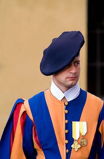 Vatican, Swiss guard