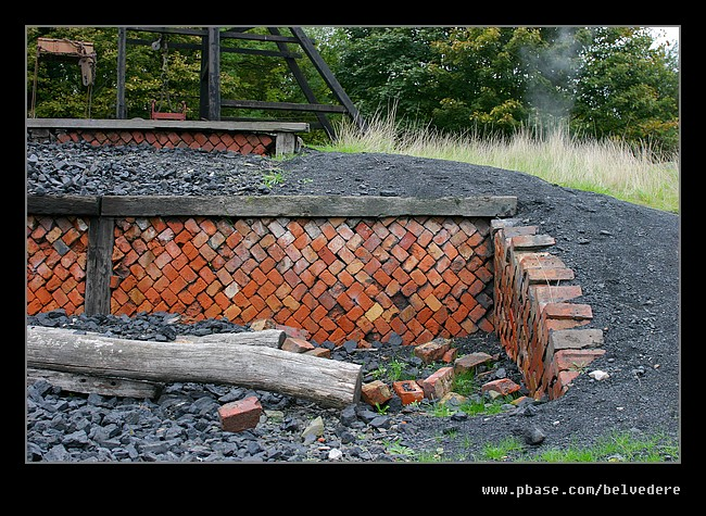 Patterned Retaining Wall, Black Country Museum