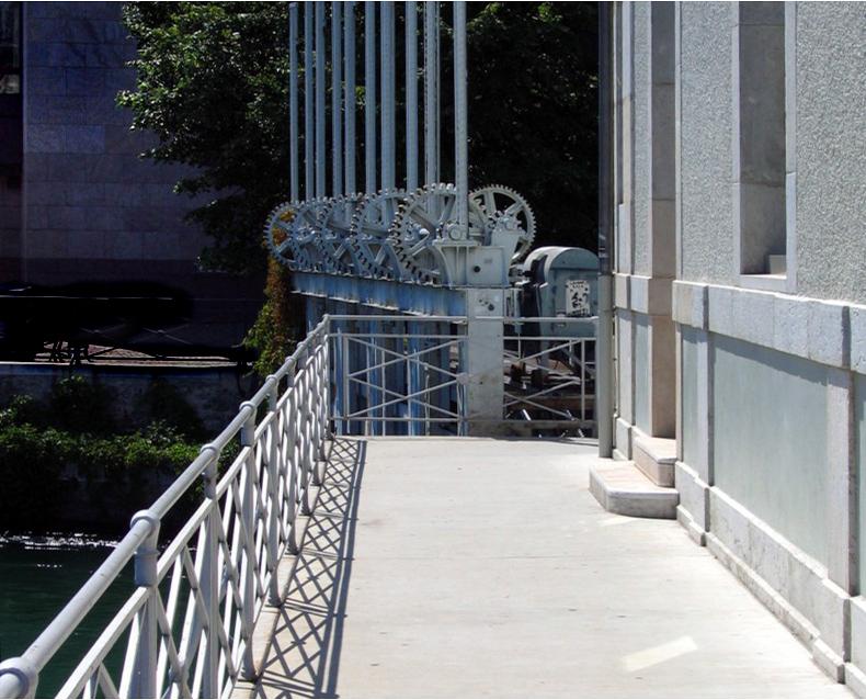 les vannes du pont de la machine