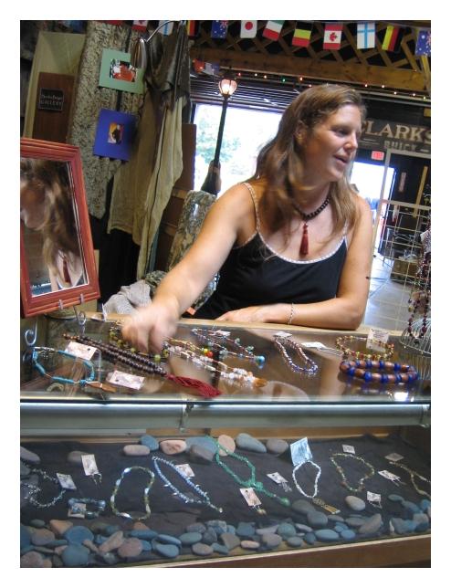 jewerly merchant artist