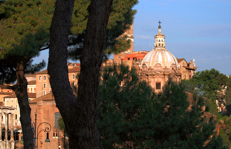 A new day in Rome from Albergo Romano  window