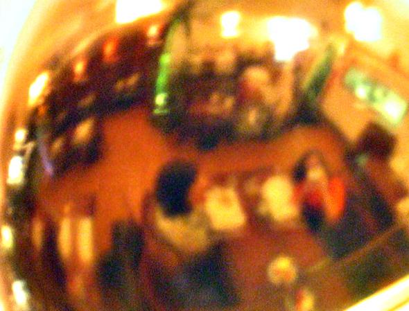 lamp2, Blurred at almost 1 sec, no bracing.