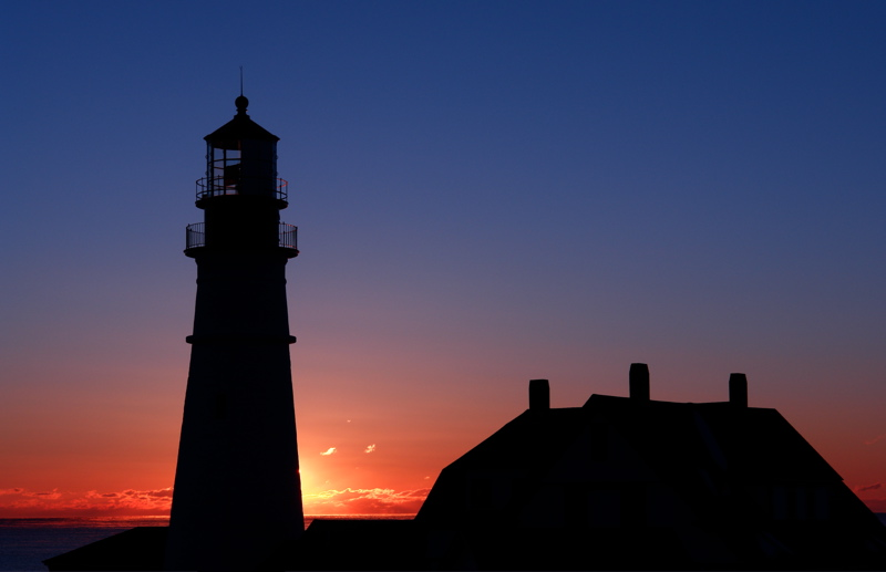 DSC00303_2.jpg PORTLAND HEAD LIGHT DAWN WITH TINY GLOWING CLOUDS donald verger lighthouse