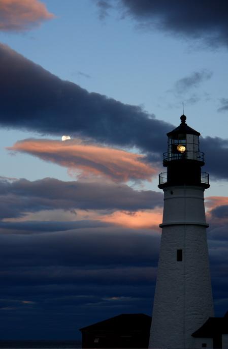 DSC04010 ............ CASTLE IN THE SKY  full moon rises over Portland Headlight... a 20 second surpirse!