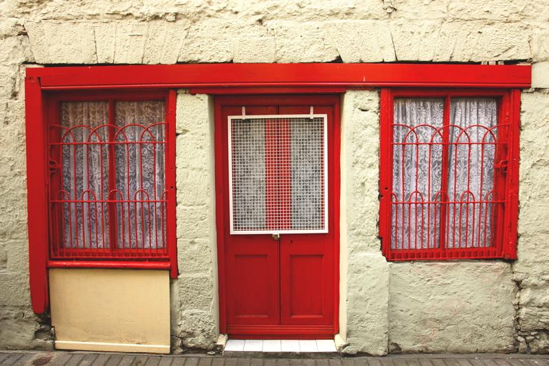 DSC00312_3.jpg simple alley in Ennis , with wispering women appearing... see...