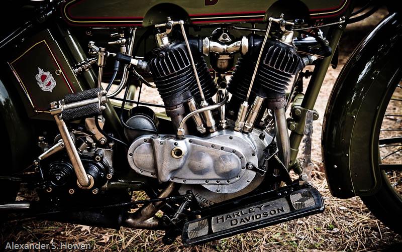 1917 Harley Davidson motor cycle