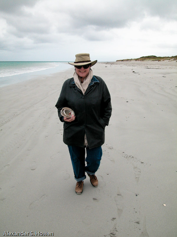 Lynne the King Island beachcomber