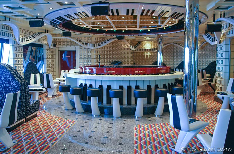 A wider view of the piano bar #39375