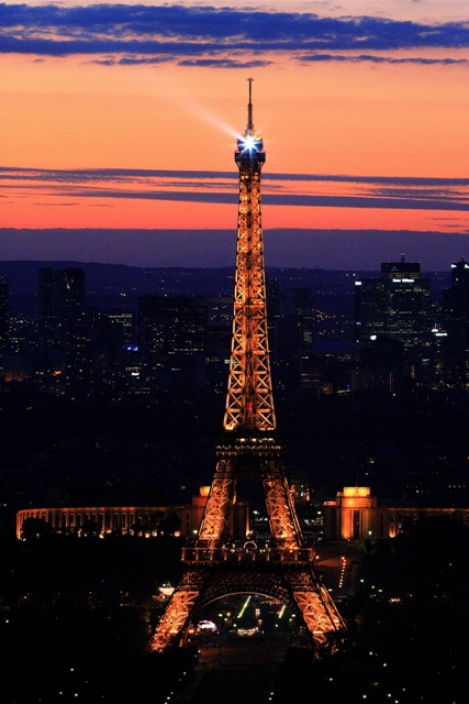 Paris - Eiffel sunset night 1.JPG