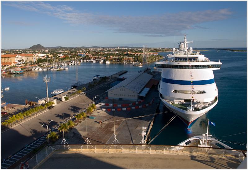 Oranjestad Port