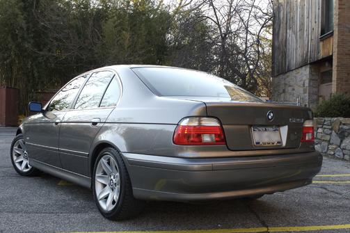 BMW 525I-3