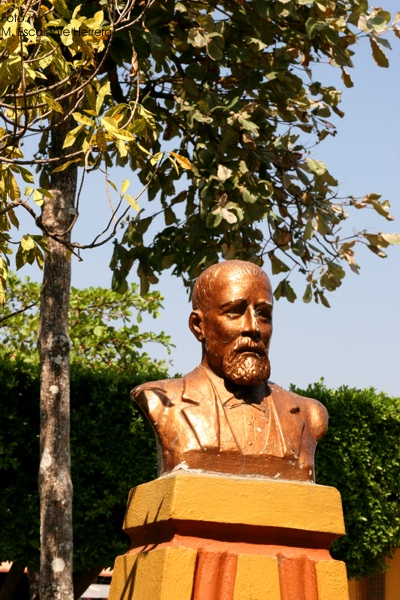 Estatua en Honor a Justo Rufino Barrios