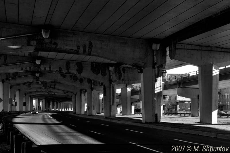 Lakeshore / Gardiner Express Way