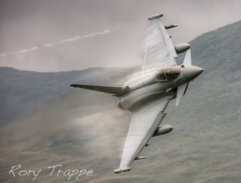 Typhoon on the approach to Tal y Llyn