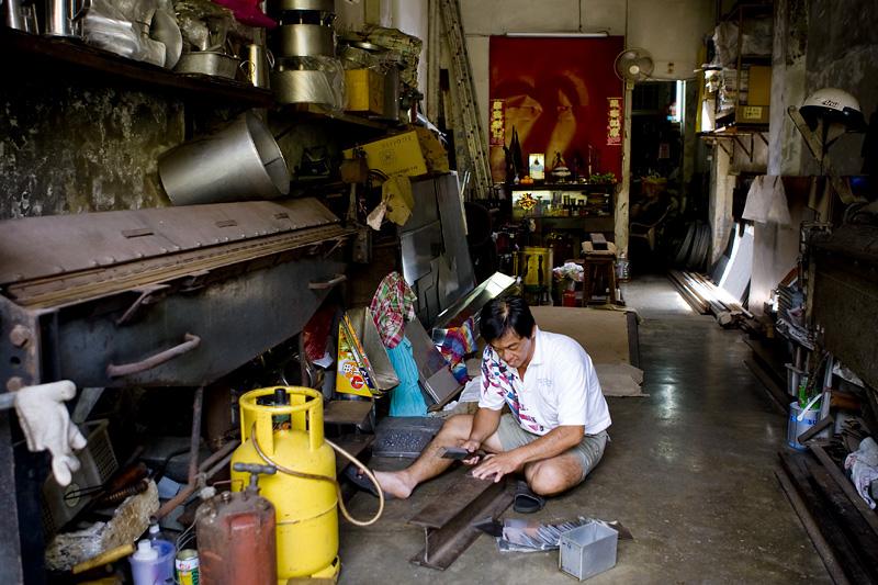 Aluminium ware maker (7521)