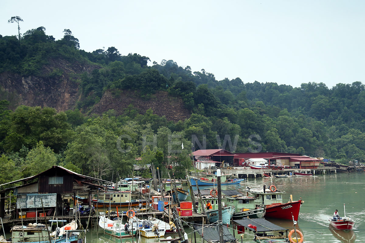 Fishermen village at the mouth of the river, Terengganu