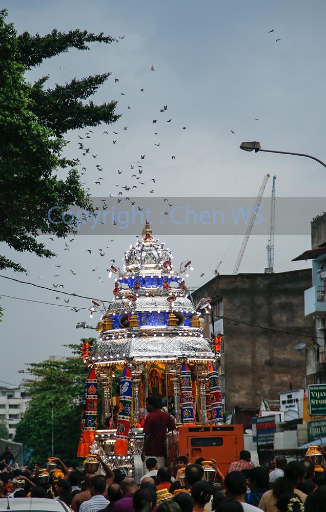 The procession to Batu Caves