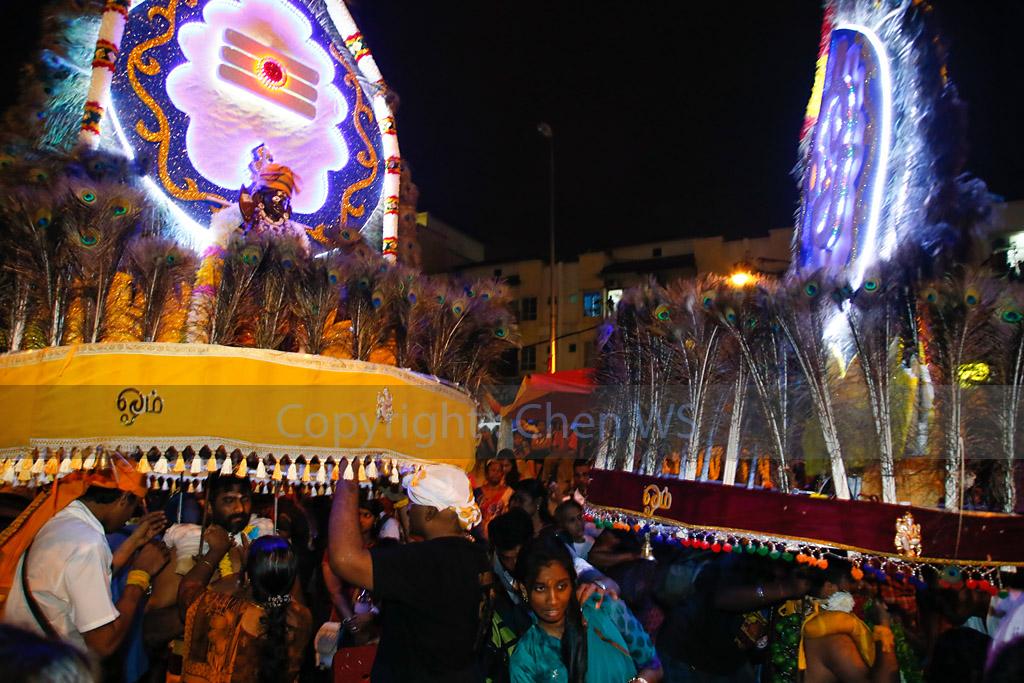 LED lights on kavadis at night