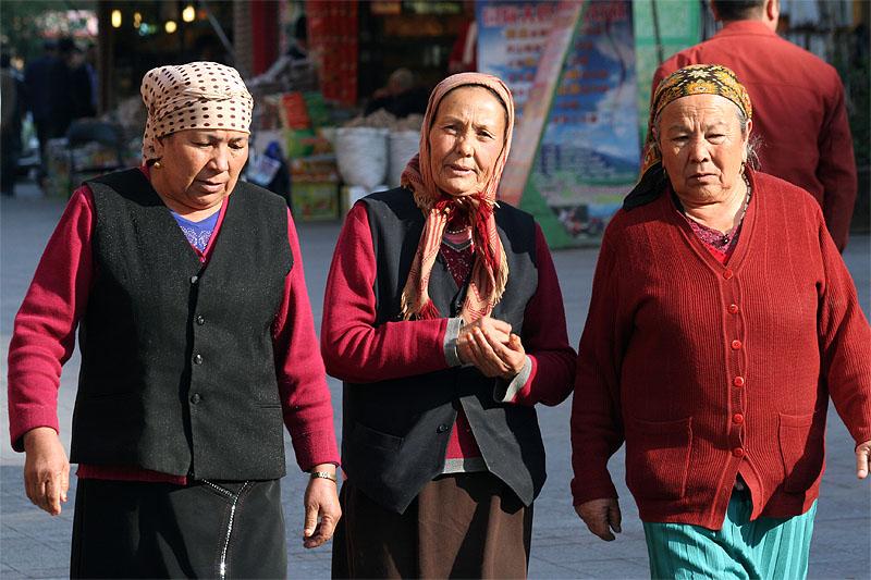 3 Elderly Women (Oct 07)