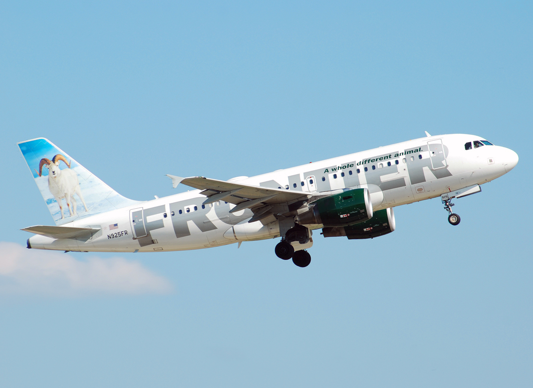 Frontier Airlines Airbus A319-111 (N925FR)