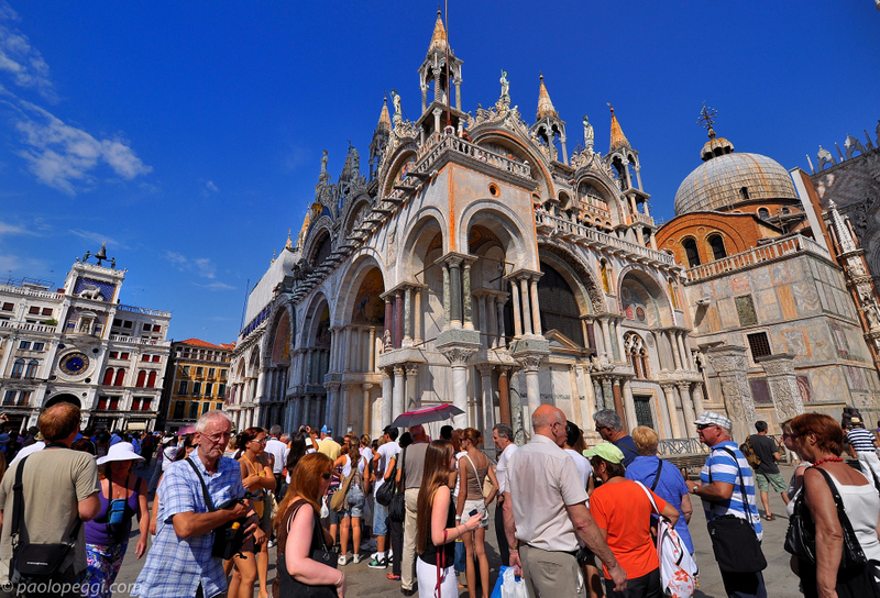 San Marco: the entrance and...the queue!