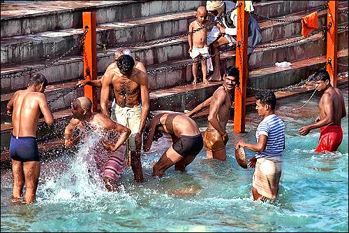 Leisure & Fun of the Ganga