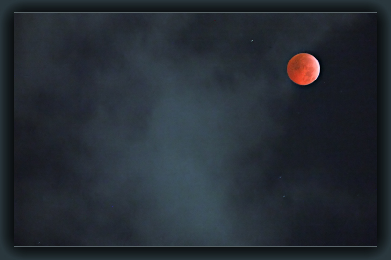 Moon Eclips seen from Madurai /  South-India